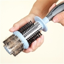 Easy-Clean Hairbrush