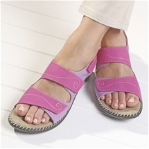 Touch Close Strap Sandals