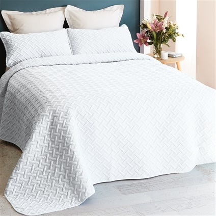3 Piece Chic Embossed Comforter Set